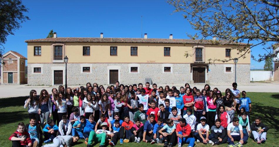 Participantes del I.E.S. Sierra del Valle (La Adrada) y I.E.S. María de Córdoba (Las Navas del Marqués)