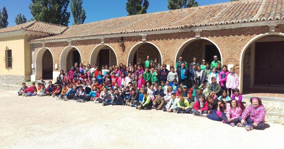 Participantes del C.E.I.P. Moreno Espinosa (Cebreros), C.C. Divina Pastora (Arenas de San Pedro), C.E.O. Virgen de Navaserrada (Hoyo de Pinares), C.E.I.P. El Zaire (Burgohondo) y C.R.A. Fuente Adaja (Muñana)