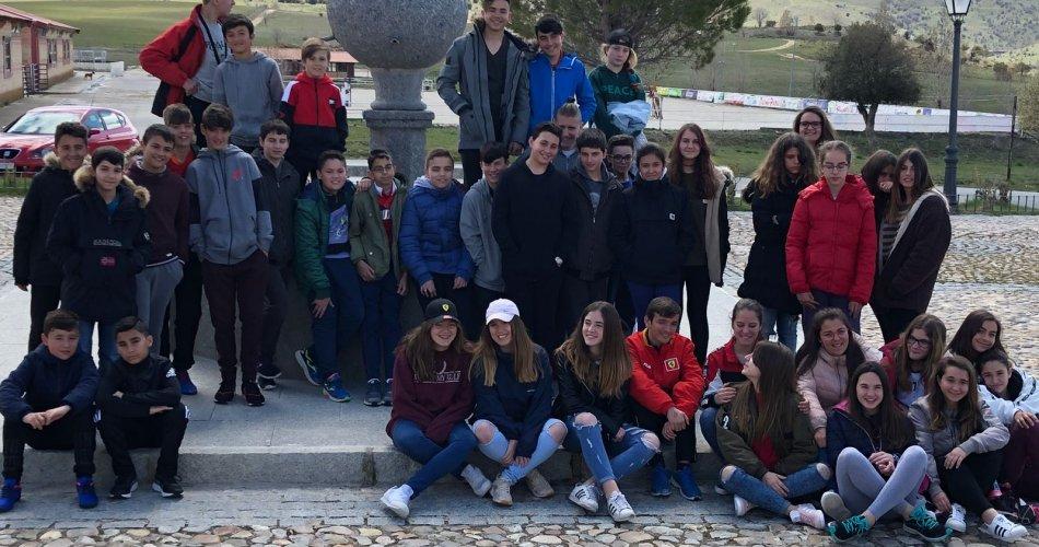 Participantes del IES María de Córdoba (Las Navas del Marqués) y Santísima Trinidad (El Tiemblo)