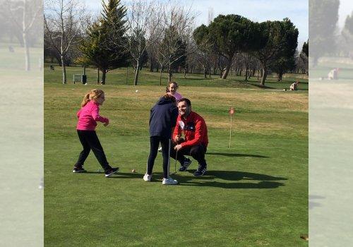 2 (Escuela de Golf)